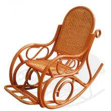 Плетеное кресло качалка из ротанга
